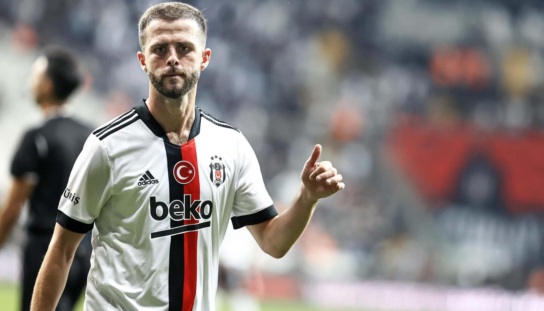 Miralem Pjanic çıkınca orta saha yokları oynadı! Beşiktaş evinde 3 puandan oldu
