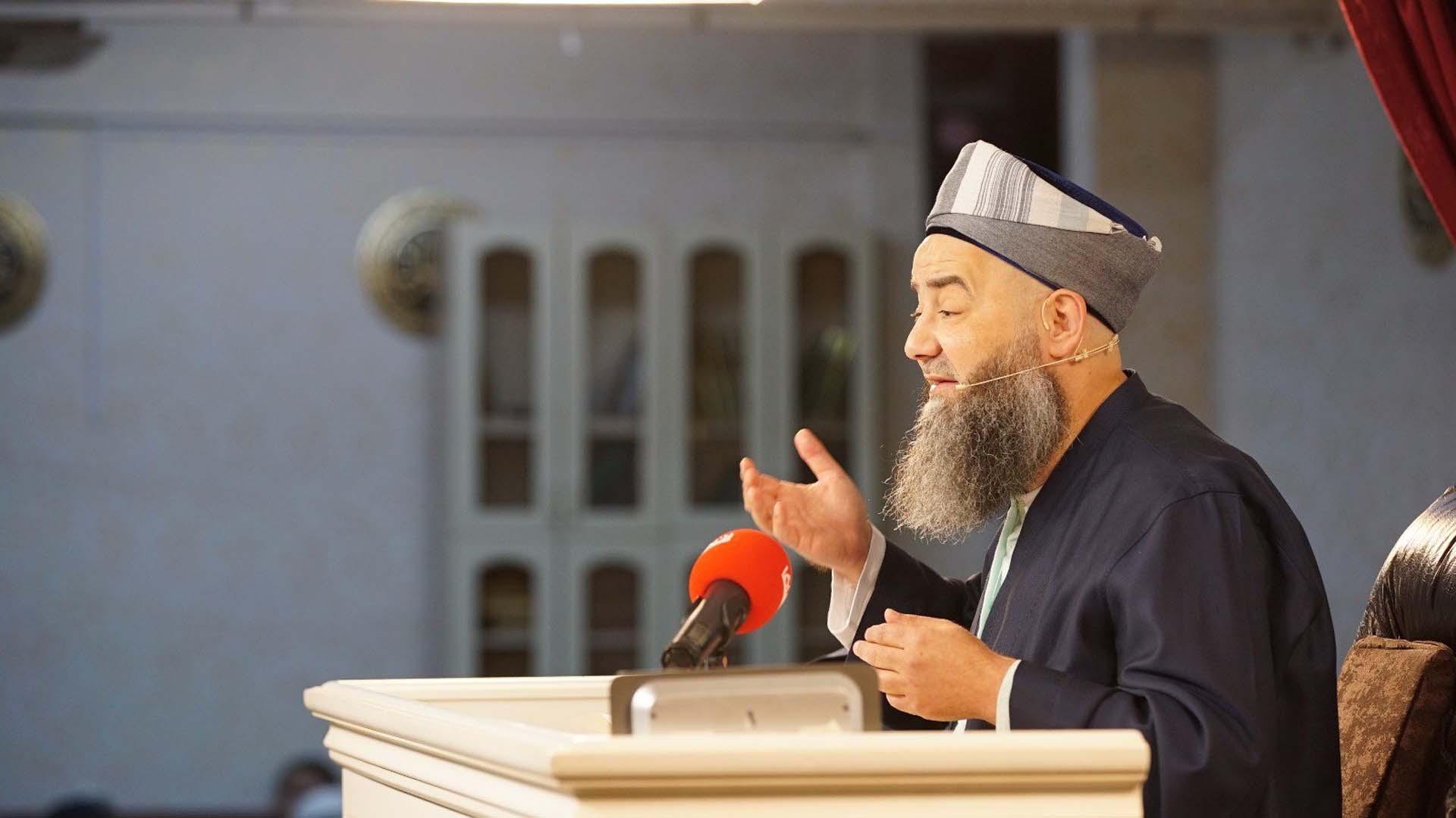 İmam hatipler hakkında söyledikleri olay olmuştu! Milli Eğitim Bakanlığı, Cübbeli Ahmet Hoca'yı imam hatip lisesine davet etti
