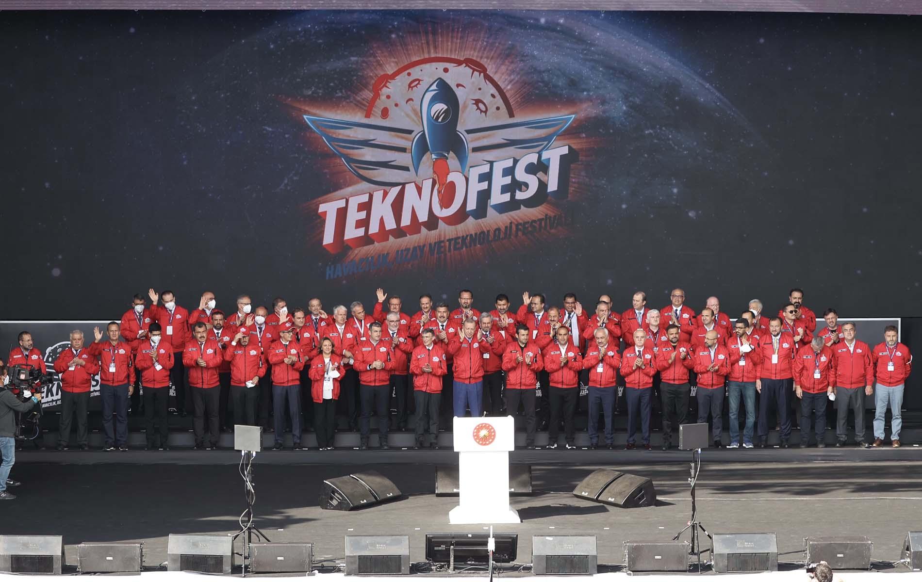 Son dakika | Cumhurbaşkanı Erdoğan, TEKNOFEST 2021'de konuştu: TEKNOFEST'in genç mucitleri 2053 ve 2071 Türkiye'sinin mimarları olacaktır