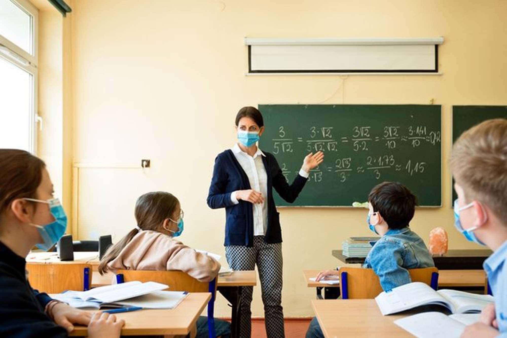 Kabine toplantısı okullar kapatılacak mı? | MEB Okullarda gün sayısı düşecek mi 2021?