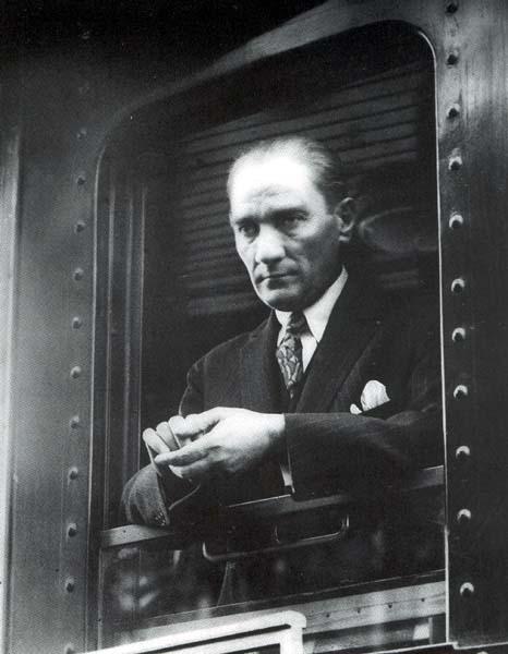 Mustafa Kemal Atatürk Kimdir Atatürkün Hayatı