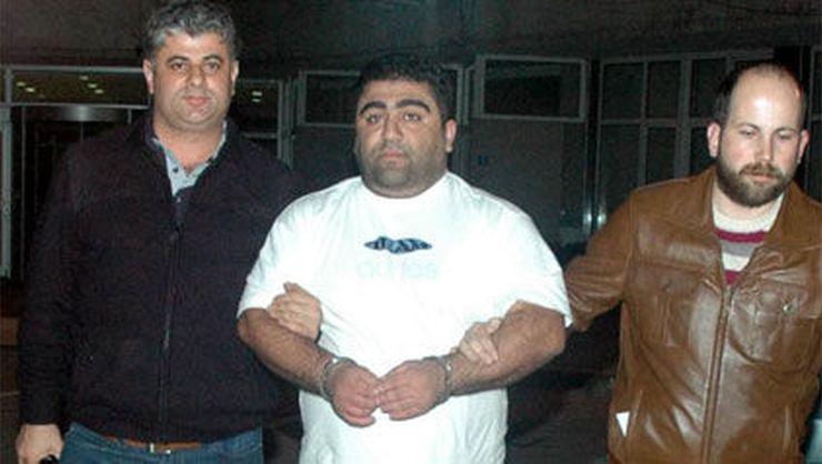 Beşiktaş taraftar liderlerinden Ayhan Güner silahlı saldırıya uğradı!