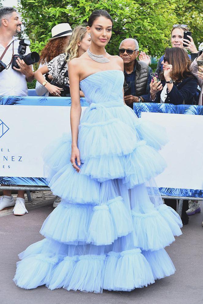 Cannes'ta Dilan Çiçek Deniz Rüzgarı
