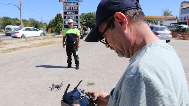 Kırmızı ışıkta geçenler drone ile tespit edildi