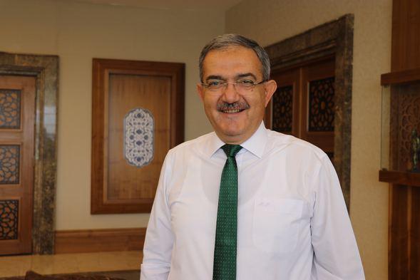 Konya'daki o ilçede mahalle sayısına yakın doktor yetiştiriliyor