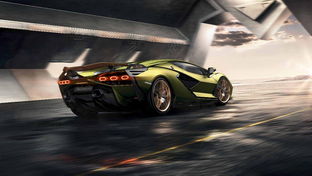 Lamborghini'den ilk elektrikli otomobil geldi