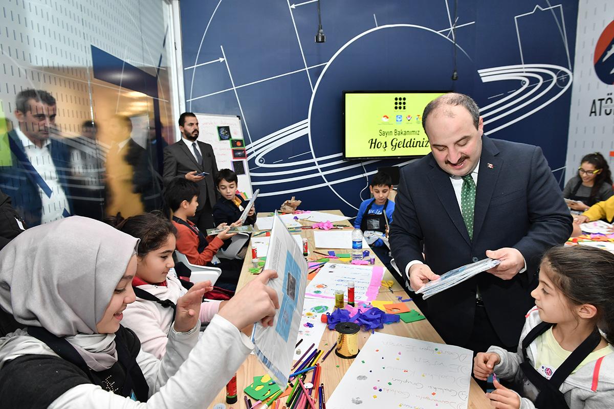 Üsküdar Bilim Merkezi'nin açılışı Bakan Varank'ın da katılımıyla gerçekleşti