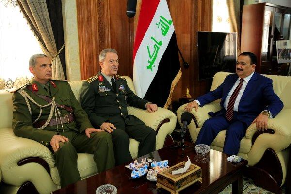 Orgeneral Hulusi Akar Irak'ta