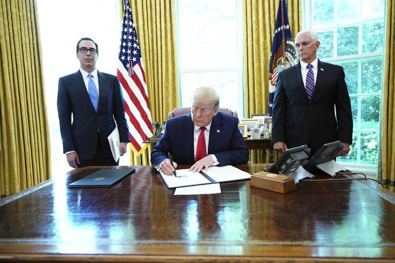 ABD Başkanı Trump İran'a ek yaptırımlar öngören kararnameyi imzaladı