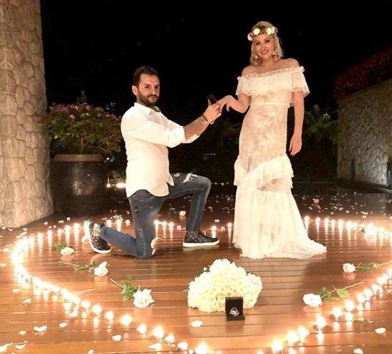 Aylin Coşkun ile Volkan Aslan bu akşam evleniyor