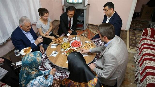 basbakan-binali-yildirim-tuzlada-iftar-yapti-h1465763458-09e35e.jpg