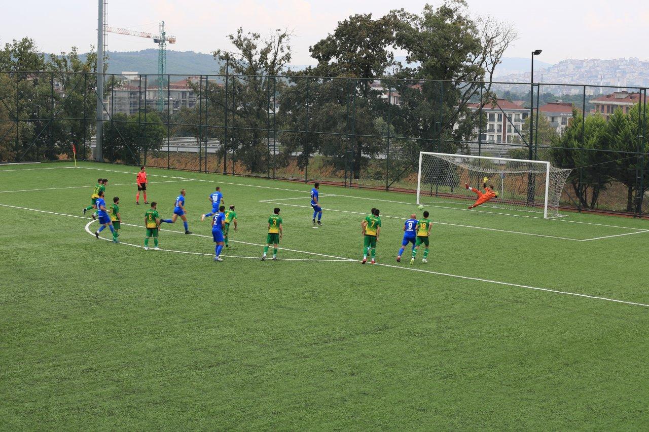 Çekmeköy Belediyesi Alemdağspor, Ayazağaspor'u 6-1 mağlup etti