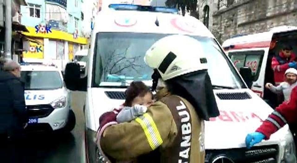 Fatih'te Büyük Patlama: 1'i Bebek 4 Kişi Yaralandı
