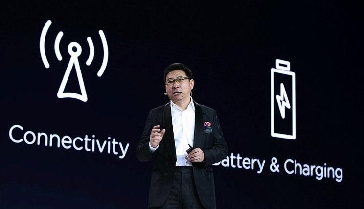 Huawei yeni bombası P30'u tanıttı!