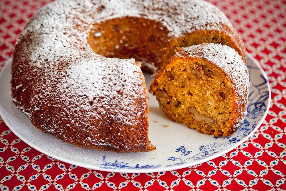 Havuçlu Portakallı Kek nasıl yapılır? Havuçlu Portakallı Kek tarifi