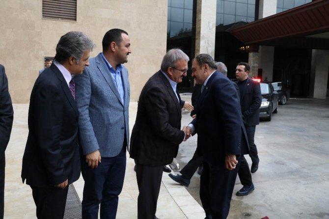 """Bakan Eroğlu: """"Ceviz, badem, zeytin, keçi boynuzu ormanını 38 adet eylem planıyla  yürütüyoruz"""""""