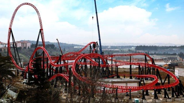 red-fire-tuzla-da-bugatti-hizinda-hazir-7128933_x_5571_o.jpg