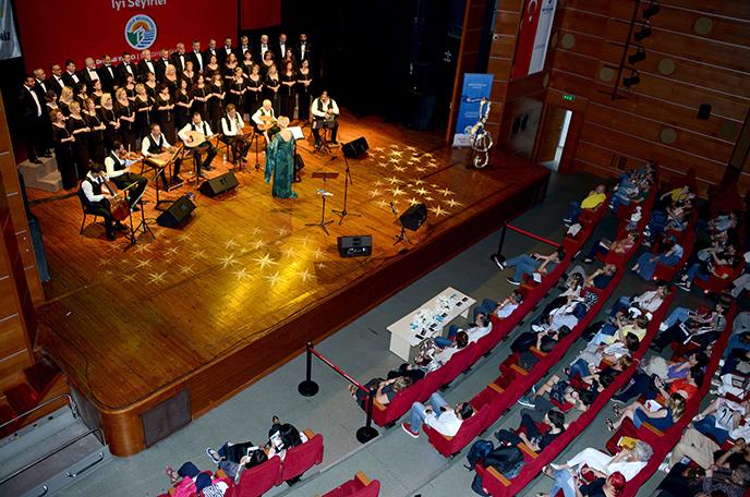 Tuzla Belediyesi'nden sezon sonu konseri