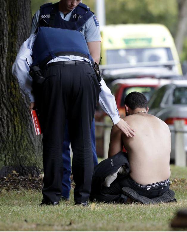 Yeni Zelanda'da iki camiye silahlı saldırı! Yeni Zelanda'da hangi camilere saldırı oldu?