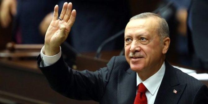 Erdoğan'dan üniversite öğrencilerine kredi ve burs müjdesi!