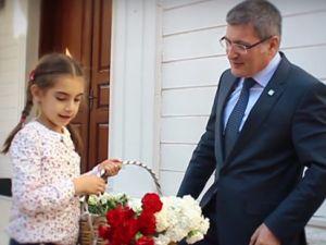 """Pendik Belediyesi'nden Müthiş """"Cumhuriyet"""" Videosu"""