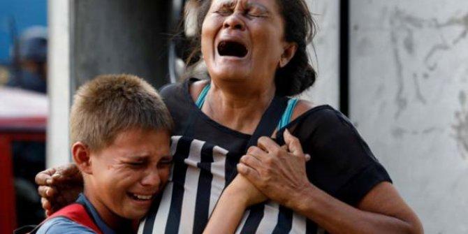 Venezuela'da Mahkumların Çıkardığı Yangın Görüntüleri