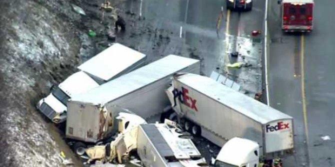 ABD'de zincirleme trafik kazası! 5 ölü, çok sayıda yaralı
