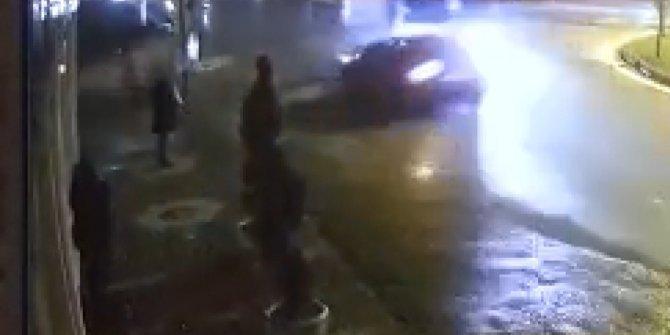 Bursa'da korkunç kaza! 2 kadın son anda kaçtı
