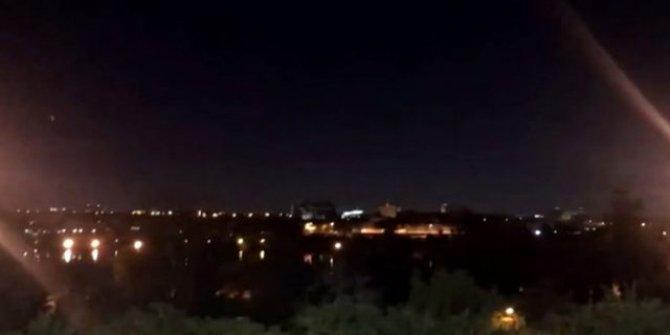 İran, ABD'nin Bağdat Büyükelçiliği'ne 3 füze atıldı!