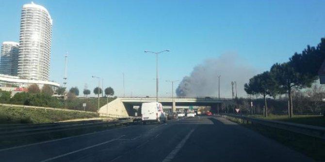 Başakşehir'de korkutan yangın!