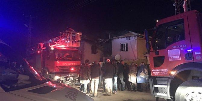 Evde mangal yapıyorlardı! 2'si çocuk 4 kişi öldü