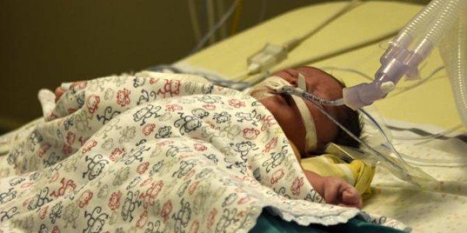 100 dakika boyunca kalbi durdurularak ameliyat olan bebek sağlığına kavuştu