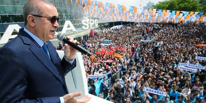 Erdoğan'ın yeni seçim şarkısı 'Eroğlu Erdoğan' dinle
