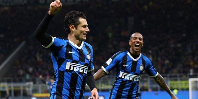 Inter Fiorentina'yı ezerek yarı finale çıktı!