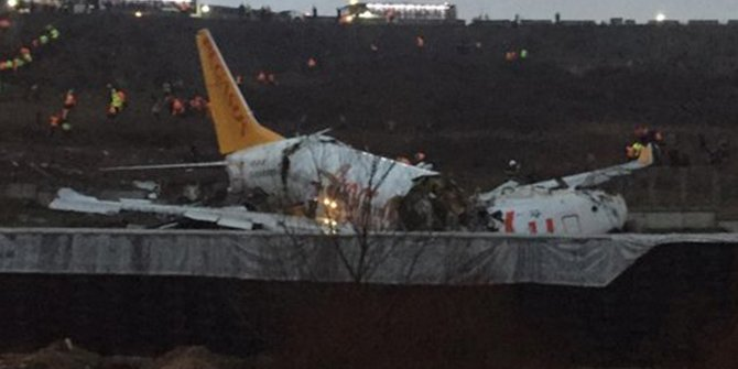 Sabiha Gökçen Havalimanında korkunç kaza! Uçak pistten çıktı