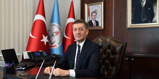 Milli Eğitim Bakanı Selçuk'tan Elazığ'daki okul durumu hakkında açıklama