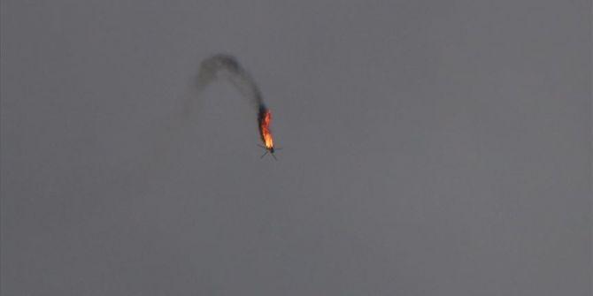 İdlib'de düşürülen rejime ait helikopterden ilk görüntüler!