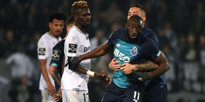 Porto ve Guimares maçında Marega'ya ırkçı saldırı: