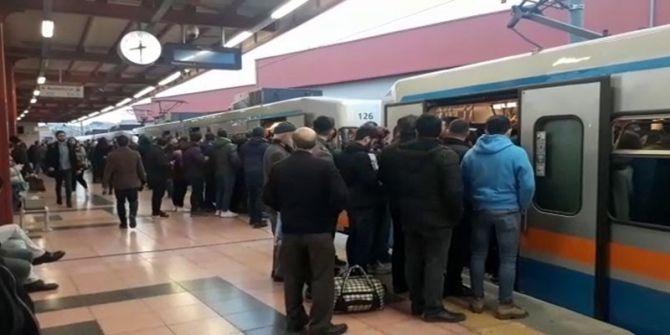 İstanbul'da metro seferlerinde aksama yaşandı!