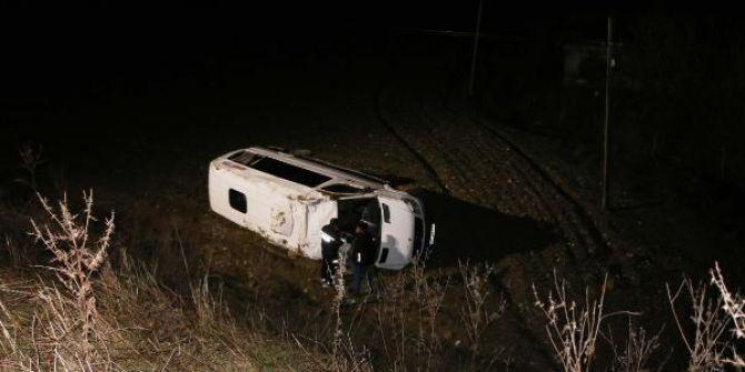 Adıyaman'da korkunç kaza! Yolcu minibüsü şarampole devrildi!