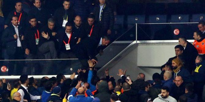 Ali Koç Fenerbahçeli taraftarlara seslendi: ''Satmayın Beni''