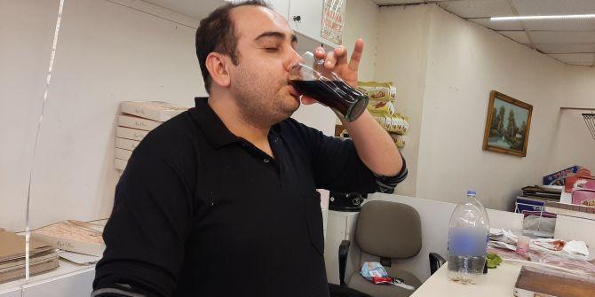 10 yaşından beri suyun yerine kola içiyor!