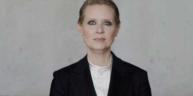 Cynthia Nixon'un Be A Lady, They Said adlı videosu milyon izlenme aldı