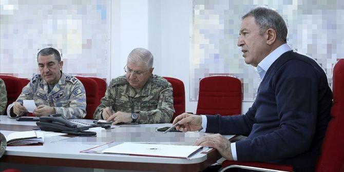Bakan Akar açıkladı: ''15 Mart'tan itibaren M4'te ortak devriyeye başlayacağız''