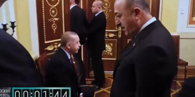 Rusya'da yayınlanan Putin'in Erdoğan'ı beklettiği görüntü büyük tepki çekti!