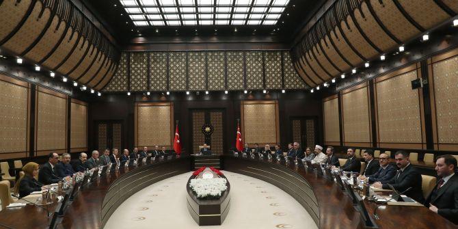 Cumhurbaşkanı Erdoğan'ın başkanlık ettiği kritik koronavirüs zirvesi başladı!