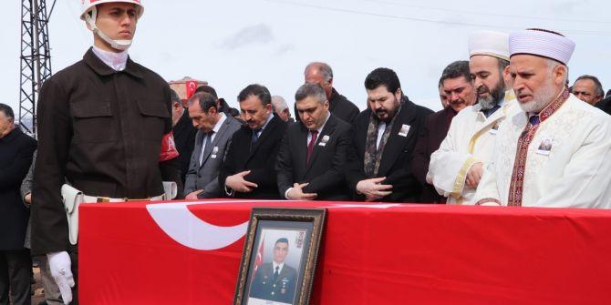 İdlib şehidi Uzman Çavuş Sezayi Atabey, son yolculuğuna uğurlandı