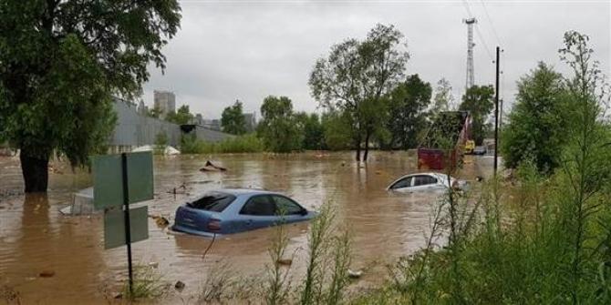 Ordu'da  yağışlar nedeniyle Karadeniz Sahil yolu trafiğe kapatıldı