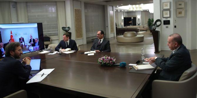 Cumhurbaşkanı Erdoğan'dan bakanlarla telekonferans görüşmesi gerçekleştirdi