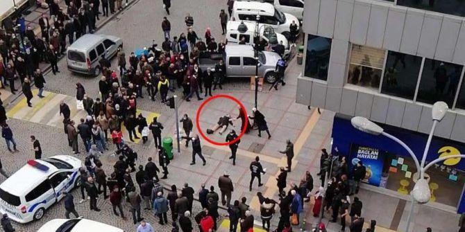 Rize'de eski kocası tarafından sokak ortasında silahla vuruldu